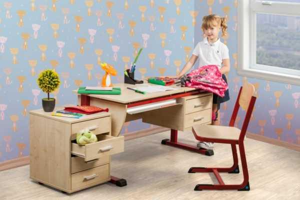 выбрать стол и стул для школьника
